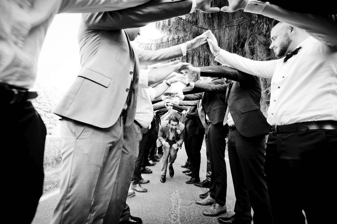 Bräutigam mit Freunden